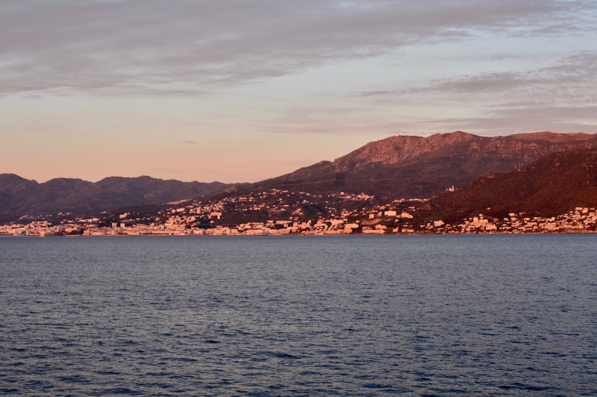 Morgenstimmung mit Blick auf das Cap Corse