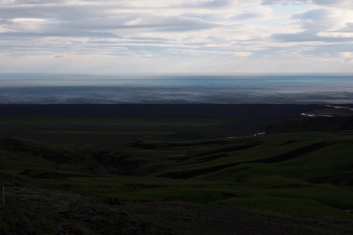 Blick nach Skogar und aufs offene Meer